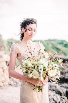Wedding Inspiration Mε Παιώνιες Kαι Χρυσές Λεπτομέρειες