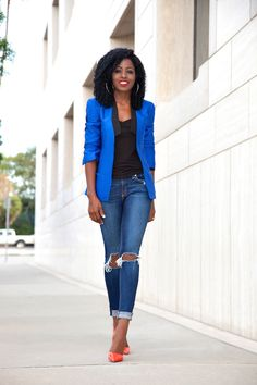 Love the blue tuxedo jacket with the contrast color heels