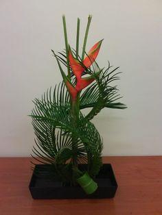 japanese floral arrangements   Tags: flower arrangements , ikebana (japanese flower arrangement)