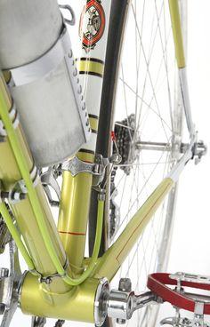 Legnano Mod. Roma 1952 http://ciclistilombardianonimi.blogspot.it/2013/05/60-anni-e-una-storia.html