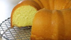 Recipes of butter cake Greek Sweets, Greek Desserts, Greek Recipes, Best Cake Recipes, Cake Cookies, Cupcakes, Food To Make, Bakery, Easy Meals
