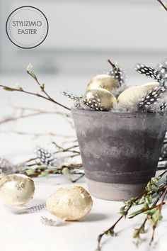 golden easter eggs! maybe next year? #eggs #deco #decoration #easter #diy