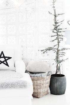 white Christmas | Xmas decoration . Weihnachtsdekoration . décoration noël | @ Kjerstis Lykke |