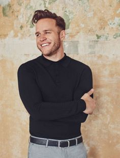 Shop our new Black muscle fit polo shirt at River Island today. Olly Murs, Pop Singers, Cute Guys, Men Sweater, Handsome, Celebs, Mens Fashion, Beautiful, Boys