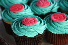 Monogrammed Cupcakes - this would be so easy with fondant/firm frosting and a stamp! Like for more