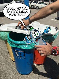 """#ecologia #differenziata #inquinamento #oceani #mari #ambiente SABATO 23 SETTEMBRE presso la BIBLIOTECA DI CAVAION V.SE - l'illustratore GIORGIO ESPEN ha guidato la creatività di #kids tra gli 8 e i 13 ANNI in un """"LABORATORIO DI ILLUSTRAZIONE E RICICLO CREATIVO"""". Grazie per aver partecipato a tutti. E grazie a chi ha organizzato l'evento:  #Damolgraf GroupDamolgraf EditoreKidsuniversity VeronaProgetto ClayGiorgio EspenEspenFumetti #ProgettoClay #BaldoJuniorTeam #kidsunivr #GiorgioEspen…"""