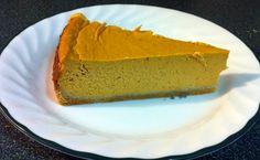 Easy recipe for a grain free, low-sugar pumpkin cheesecake!