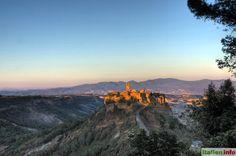 Civita di Bagnoregio (VT) high on top of the hill glow in the evening light, Lazio, Italy.  - Civita di Bagnoregio (VT) auf einem hohen Tuffsteinhügel leuchtet im Abendlicht, Latium, Italien.  More at  http://www.italien.info/impressionen