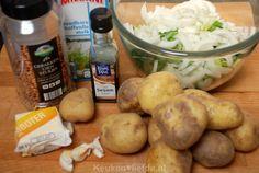 Paksoi stamppot met gebakken uitjes - Keuken♥Liefde Food And Drink, Potatoes, Vegetables, Alice, Potato, Vegetable Recipes, Veggies