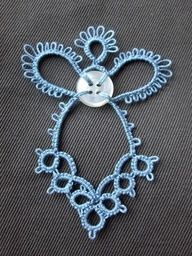 tatting angel with button, make a bookmark?