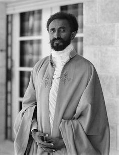 Selassie 'El Mesías Negro' por el movimiento rastafari.