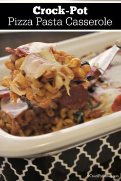 A kid friendly recipe for Crock-Pot Pizza Pasta Casserole is a quick & easy quick casserole made in the slow cooker with all your favorite pizza toppings! Best Slow Cooker, Slow Cooker Recipes, Crockpot Recipes, Pasta Casserole, Casserole Recipes, Chicken Casserole, Pork Recipes, Pasta Recipes, Yummy Recipes