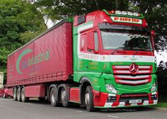Stunning colour combination on a new Actros, part of the McGawn Brothers fleet from the UK