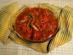 Mennonite Girls Can Cook: Oven BBQ Farmer Sausage with Peppers - Flashback Friday Sausage Recipes, Pork Recipes, Cooking Recipes, Farmer Sausage, Pennsylvania Dutch Recipes, Main Course Dishes, Main Dishes, Side Dishes, Amish Recipes