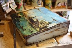 Wooden box with decoupage and shabby chic~Ξύλινο κουτί με decoupage και shabby chic