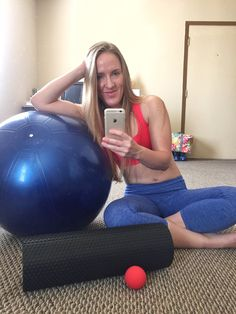 """Identifying and fixing a lateral pelvic tilt. If you've been working out a while and have gotten very familiar with the movement and alignment of your body, it can be easy to """"feel"""" when something is """"off."""" This began happening to me about 2-3 years ago and I've been trying to figure out exactly what it is and how to fix it. I've tried a chiropractic program, creating muscle balance via weightlifting, yoga, and a magnesium routine. None of these things particular made any big differenc..."""