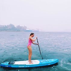 Bild könnte enthalten: eine oder mehrere Personen, Ozean, Himmel, im Freien, Wasser und Natur #sup #isup #inflatablesup #paddleinspiration #paddleboard Inflatable Sup, Standup Paddle Board, Daily Yoga, Yoga Session, Paddle Boarding, Stand Up, Surfboard, World, Instagram