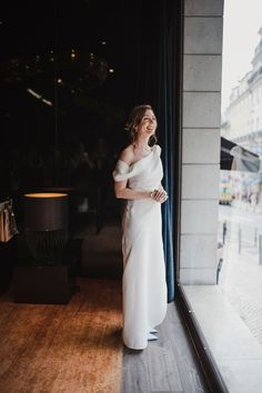 Fotografos de casamento em Lisboa. Portugal, White Dress, Photo And Video, Wedding, Instagram, Dresses, Fashion, Wedding Shot, Lisbon