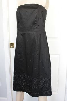 ANN TAYLOR Women's Black Embroidered Strapless Cotton Blend Dress Size 12 #AnnTaylor #EmpireWaist
