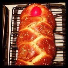 Lambropsomo (Greek Easter Bread)