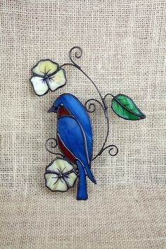 Stained Glass Bluebird Suncatcher Glass Art Wildlife Art Source by Stained Glass Birds, Stained Glass Suncatchers, Stained Glass Designs, Stained Glass Projects, Stained Glass Patterns, Glass Art Design, Art Studio At Home, Glass Wall Art, Glass Vase