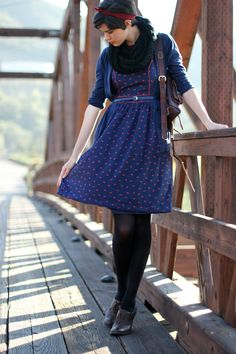 A super duper cute bow print dress paired with perfect fall accessories