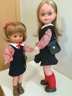 Nancy y su hermanita Lesly