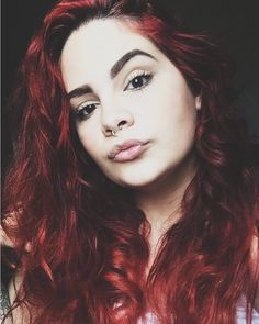 Do you tear yourself apart to entertain like me? . . . . . . . . . #photography  #tumblrgirls  #pale  #fade  #aracaju  #londrina  #revolucionista  #inewg  #grungeaccounts  #wavyhair  #altmodels  #grungegirls  #redhair #redhead #ruiva @unumdesign #unum
