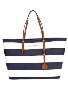 Micheal Kors Bag Trends - Season 2014 | SCANFREE