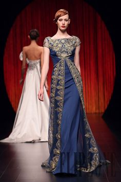 Georges Hobeika Automne-hiver 2010-2011 - Haute couture - http://www.flip-zone.fr/fashion/couture-1/fashion-houses/georges-hobeika-1810