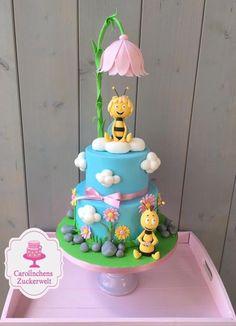 Maya the bee cake - Cake by Carolinchens Zuckerwelt Bee Birthday Cake, Toddler Birthday Cakes, Bee Cakes, Cupcake Cakes, Baby Girl Cakes, Honey Cake, Birthday Cake Decorating, Novelty Cakes, Fancy Cakes