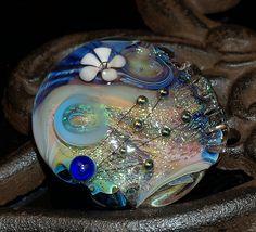 lampwork lentil by Cornelia Lentze