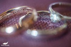 Hochzeit Winterstellgut Annaberg - Nina & Jürgen - Foto Sulzer Blog Winter, Wedding Rings, Engagement Rings, Blog, Jewelry, Engagement, Winter Time, Enagement Rings, Jewlery