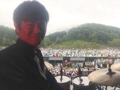 波多江健さんの代打でCHEMISTRYの北海道JOIN ALIVE終了しました〜(^^) 残念ながら雨が降ってしまいましたが、凄い盛り上がりだったし、CHEMISTRYはじめ、素晴らしいサポート陣と一緒にやらせていただき幸せでした!! You go your way感動! #chemistry #田口慎二 #渡辺シュンスケ #鈴木渉 #kimjun