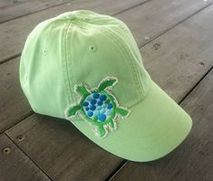 Hat with Sea Turtle Applique Sea Turtle Art, Turtle Time, Sea Turtle Jewelry, Save The Sea Turtles, Baby Sea Turtles, Turtle Clothes, Red Footed Tortoise, Turtle Images, Occasion Hats