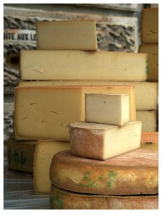 Take a private excursion to the atmospheric hill town of Gruyeres and visit a local cheese maker to learn about and taste the region's renowned Gruyere cheese!ro for details Gouda, Grapes And Cheese, Feta, Charcuterie Cheese, Cheese Maker, French Cheese, Gruyere Cheese, Homemade Cheese, Best Food Ever