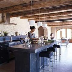 ....Mimi Charmante: a renovated barn in the south of france~ sigh...