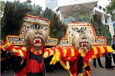 traditonal dance from East Java (Reog dance)