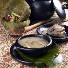 Mondongo, plato tipico de la gastronomia colombiana Barbacoa, Pudding, Ethnic Recipes, Desserts, Food, Gastronomia, Soups, Restaurants, Colombia