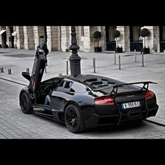 Would you drive this jet black Lamborghini? Or do you prefer the more flashy colours?