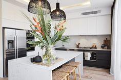 Photo of Best Kitchen Designs, Interior Design Kitchen, Contemporary Kitchen Design, Luxury Kitchen Design, Luxury Kitchens, Interior Design Basics, Cool Kitchens, Pendant Lights Kitchen, Kitchen Pendants