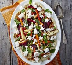 Combine roasted vegetables with chickpeas and feta cheese in this Greek-inspired salad which provides an impressive 4 of your 5 a day Minty roast veg & hummus salad Hummus Salad, Couscous Salad, Bbc Good Food Recipes, Vegetarian Recipes, Healthy Recipes, Vegetable Quinoa, Fodmap Recipes, Greek Salad, Roasted Vegetables