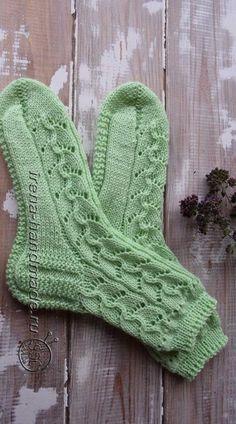 Lace Knitting, Knitting Socks, Knitting Patterns Free, Knitted Hats, Tunisian Crochet, Knit Crochet, Mitten Gloves, Mittens, Free Patent