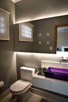 banheiro pequeno com papel de parede cinza - Pesquisa Google