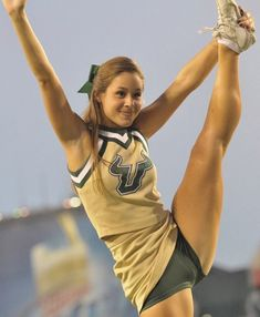 #cheerleaders #fails #wardrobemalfunctions #cheerleading