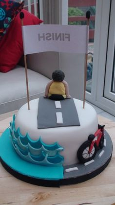 Tweedledees » Blog Archive The Triathlon Cake