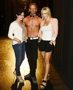 Jennie Garth and Shannen Doherty Reunite with Ian Ziering at Chippendales Show