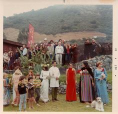 east side bride: Folkie Big Sur Wedding (Circa 1968)- love this vintage picture of Joan Biaz's folksy wedding.