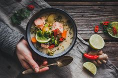 #KALAKEITTOPÄIVÄ - KALAKEITTO X 24 – Liemessä Salmon Soup, Nordic Diet, Nordic Recipe, Scandinavian Food, Food N, Easy Cooking, Quick Meals, Food Pictures, Soup Recipes