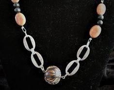 Individueller Modeschmuck von BabsyDesign auf Etsy Pearl Necklace, Pearls, Silver, Jewelry, Fashion, Chain Bracelets, Bangle, Chains, Crystals